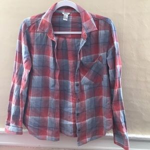 Red white blue faded flannel! F21
